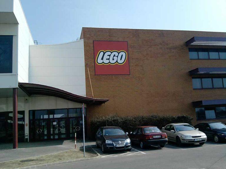 LEGO gyár